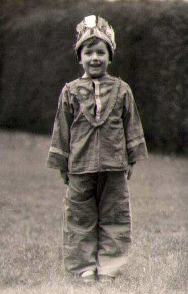 1942 Neil the Cowboy!