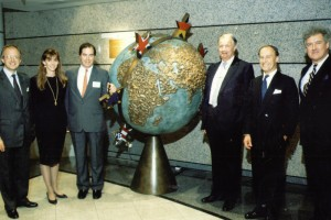 The Directors of The London Stock Exchange, LIFFE and LTOM dedicate the TRADING GLOBE