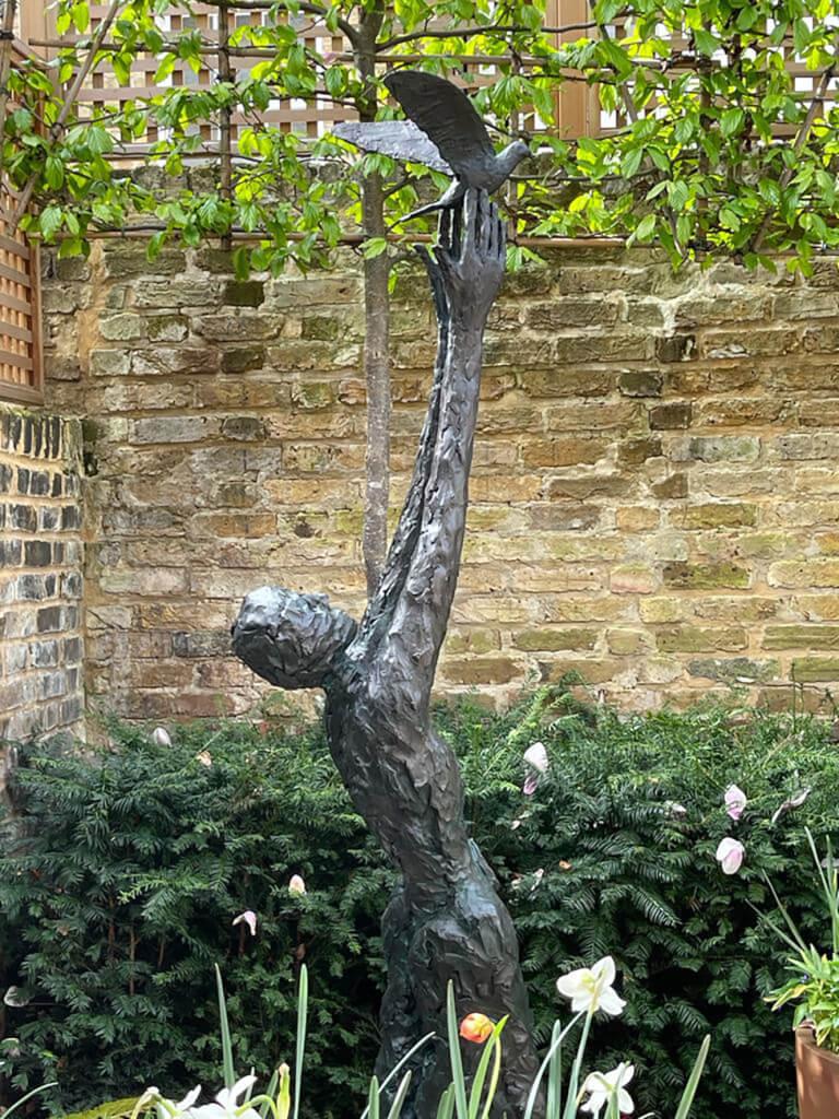 The sculpture in-situ